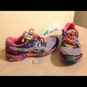 Asics Gel Noosa Tri 8 Colorful Sneakers  8.5